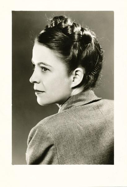 1948 (est) Mary Francis Baral