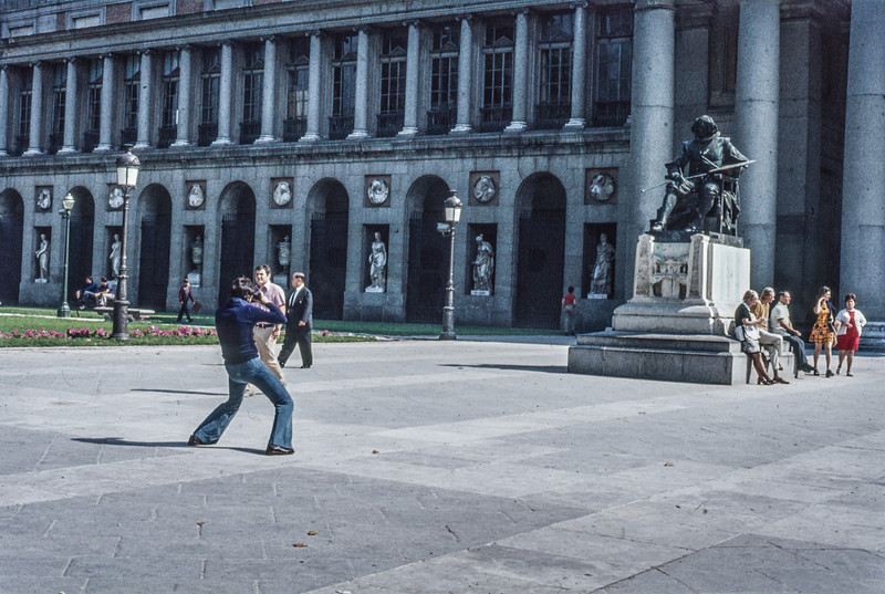 1972-09 In front of the Prado - Madrid