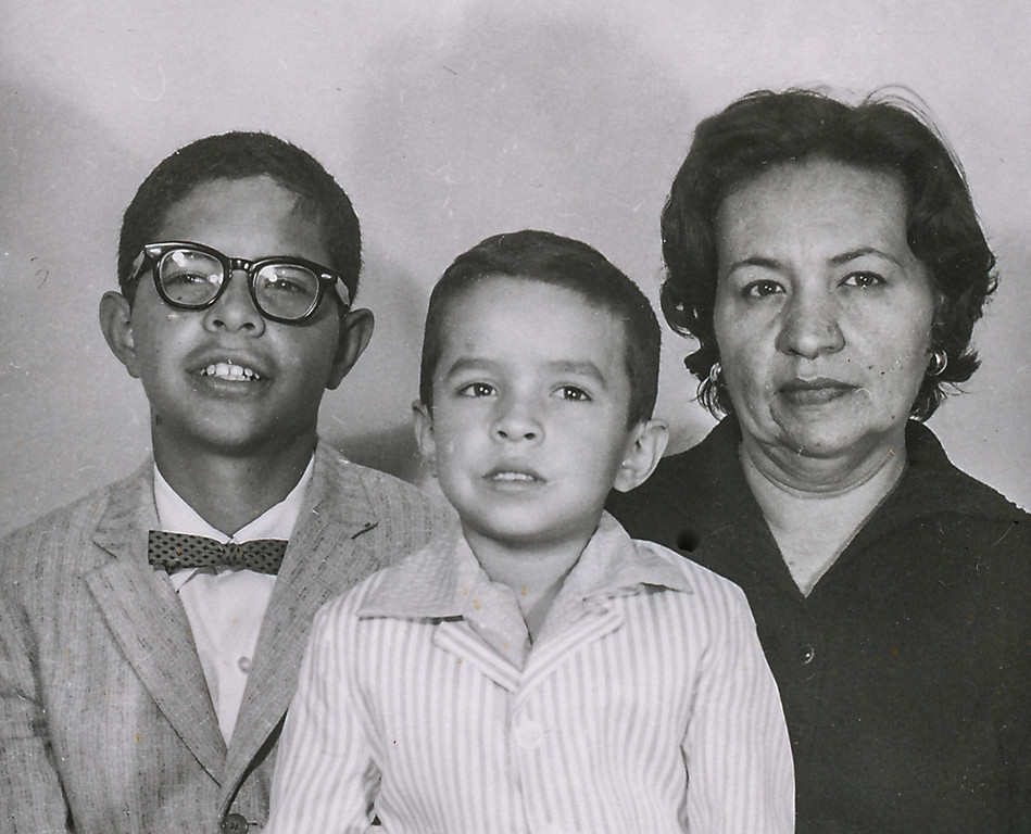 Sort ID: 1958-01 Image ID: C116           Year: 1958.  Photo content:  Fred, Michael, mother.    Location of photo: Arizona