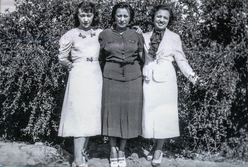 Sort ID: 1942 Image ID: C198 (est) Year: 1942.  Photo content: Josephine Ortega May, Mary Ortega Gabusi, mother.