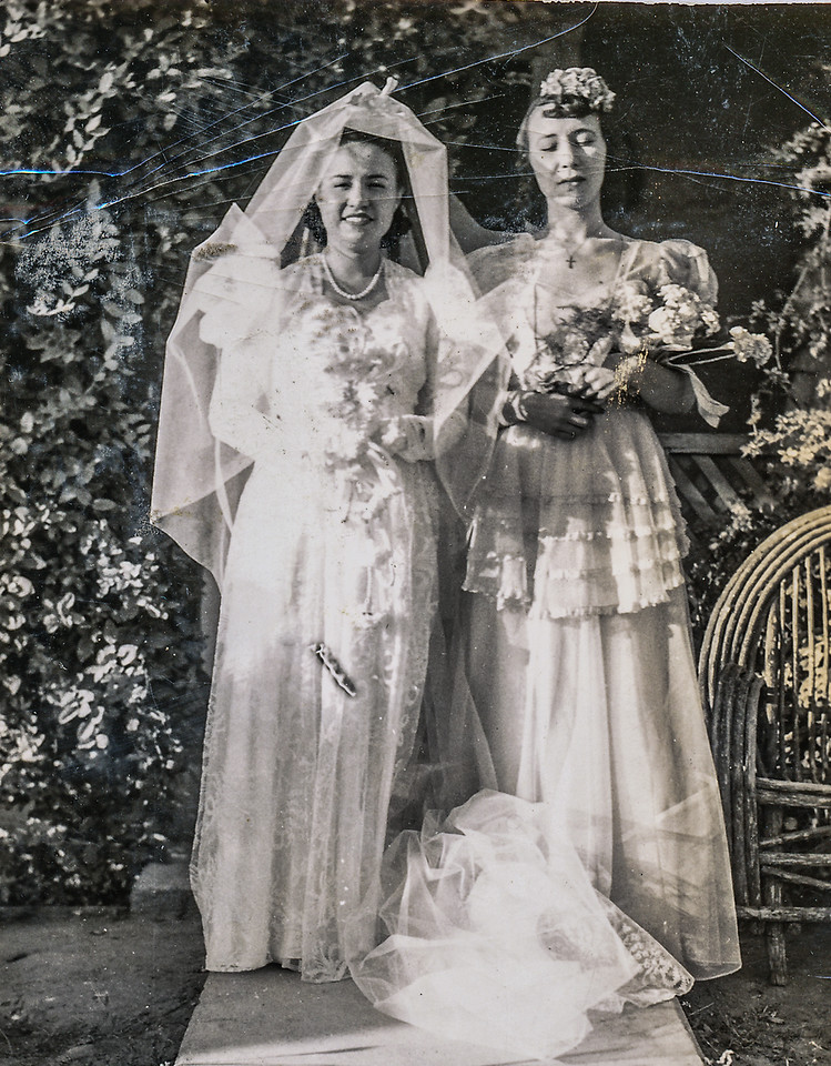 Sort ID: 1941-M01 Image ID: C102 (est) Year: 1941. Photo content: Mother, Josephine Location of photo: On mother's wedding day, marriage ceremony in Florence, reception in Vah-Ki Inn in Coolidge.