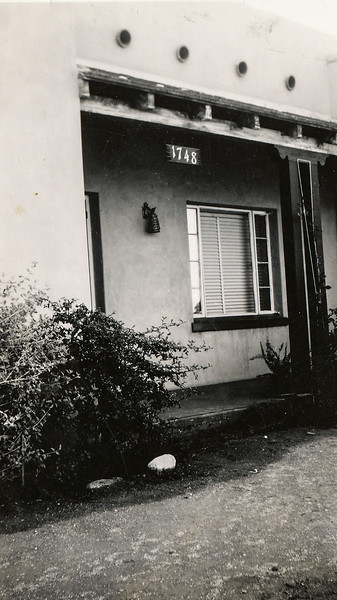 Sort ID: 1938-J01 Image ID: C303 est Year: 1938.  Photo content: Aunt Josephine's home at 1748 E Linden Ave, Tucson AZ. She and Charlie Urquides lived here before they built their home on Edison St.