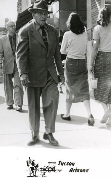 Sort ID: 1940-01 Image ID: C515 (est) Year: 1940. Mucio Delgado.