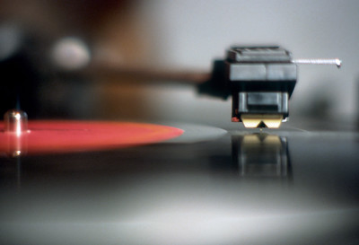 Dual turntable - Photo by Bob Anderson - Edmonton, Alberta