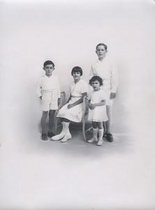 Le 18 Janvier 1947 à l'eglise St Roch de Mazargues - Marseille