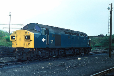 Class 40 No 40126 at Edge Hill