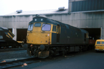 Class 27 No 27019 at Eastfield