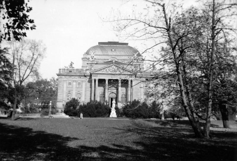 """Schiller 1905 Monument - Wiesbaden Opera House"""