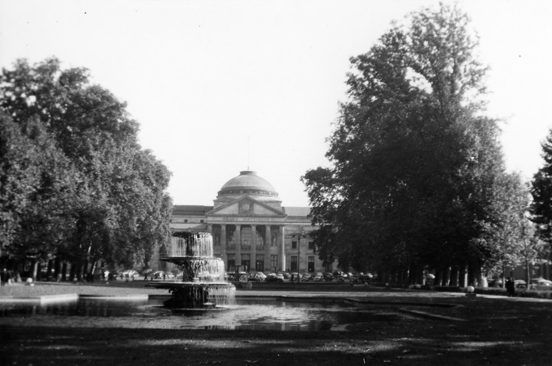 """Kurhouse Wiesbaden 1952"""