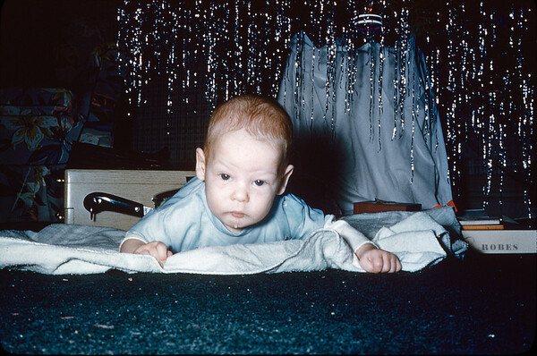 12/25/1953 Uncaptioned 35mm Kodachrome duplicate slide