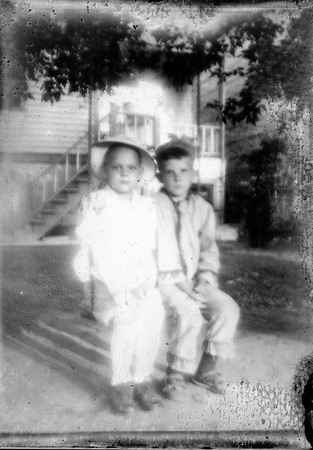 Clifford Mohr, left. Glass negative, scanned from modern contact print.