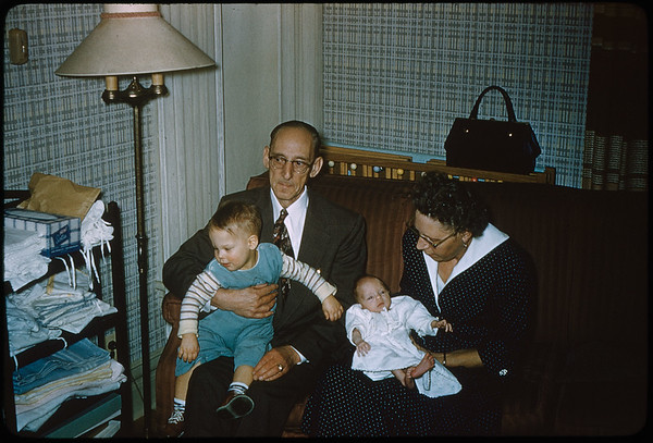 "2/20/1955 ""Vincent, John DeVries, Deborah, Irma DeVries"" 35mm Kodachrome slide Mount dated March 1981 (remounted?) Stamped #8"
