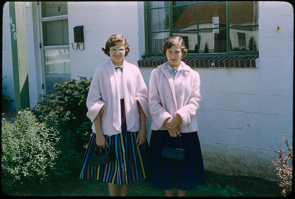 """5/29/1955 """"Karen, Joan Dohse"""" 35mm Kodachrome slide Mount dated March 1981 (remounted?) Stamped #15"""