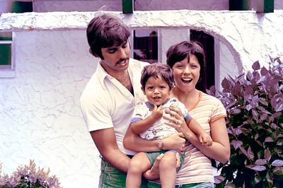 1976-9-12 #1 Dianna & Steve In Florida