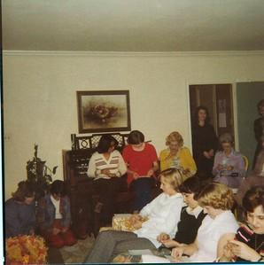 back: Miss Stepp, Pam Jones, Pauline, Mary Smith, Pud, Sherry P, Betty McDonald, Virginia Teer, Dorothy front: Pat Whatley, Phyllis Stewart (sp?), Sherrie Riddle, Betty Murphy