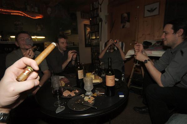 2003-12-27 Switzerland/Cigars at Sürü's