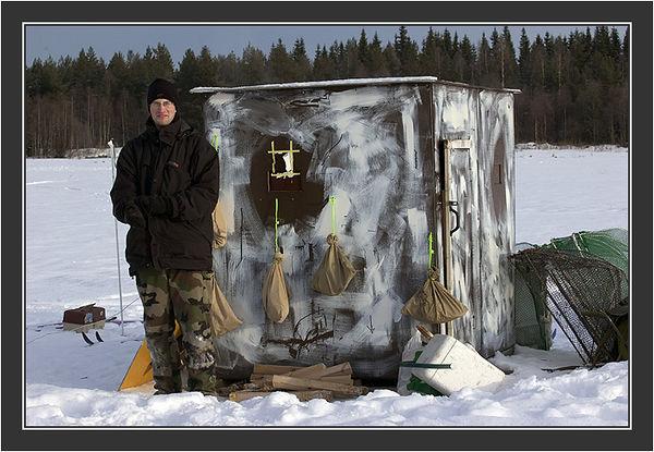 "Christophe. <br /> <br /> ""Field(work)""Cannon net capturing in Koskenpää, February 2005."