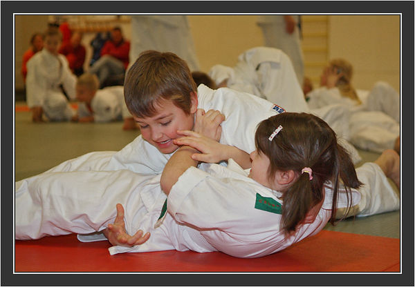 Iina's first Judo degree. December 2005.