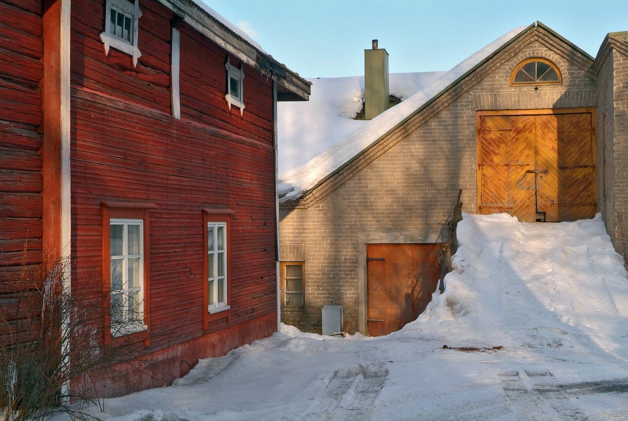 2006/12. Old Yard. Jyväskylä.