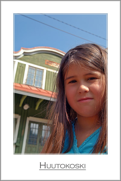 """Iina (8 years), remembering the """"good old days""""..."""