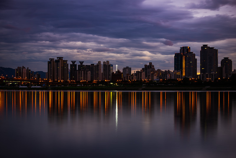 Morning Lights on the Han River