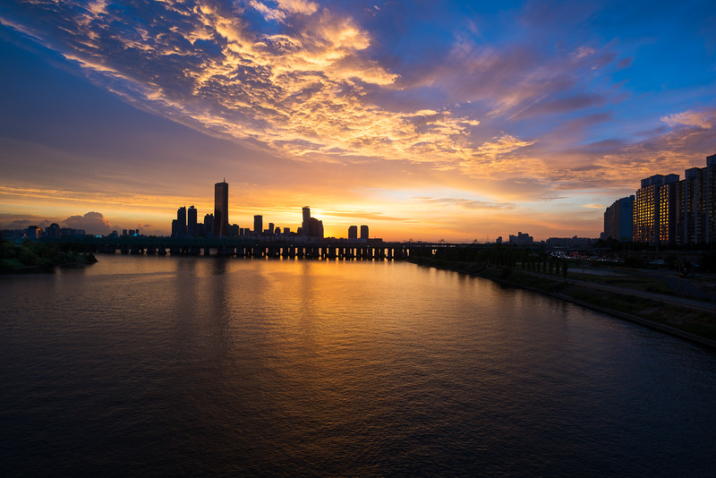 Sunset on the Han River 2016