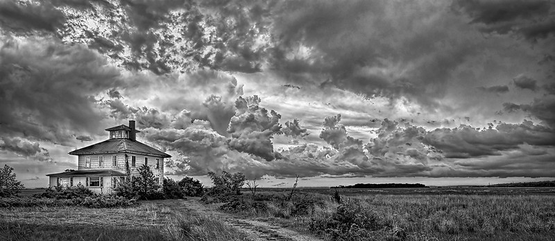 _NW53641 Stormy Day ~ Late Summer