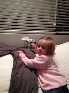 Scarlett saying 'Te Amo' about Aunty Sophie - Age 18 Months