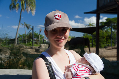 Mummy and Scarlett at the Elephants - Scarlett's First Trip to the Zoo (5 Weeks Old)