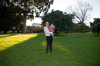 Scarlett and Emmy in the Royal Botanic Gardens