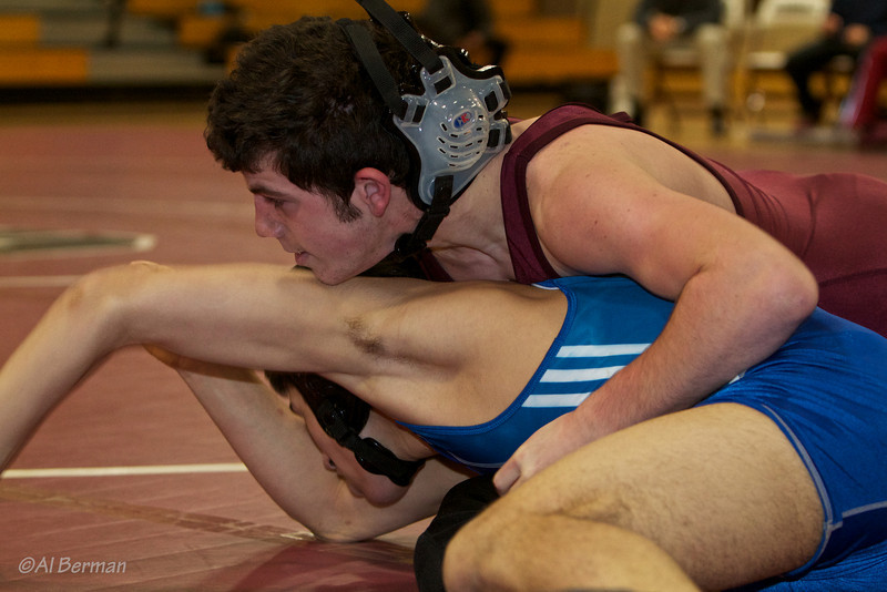 Scarsdale High School wrestlers vs Edgemont for the Bronx River Cup