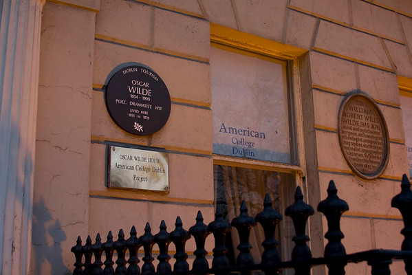 Oscar Wilde grew up in the house next door to our hotel!