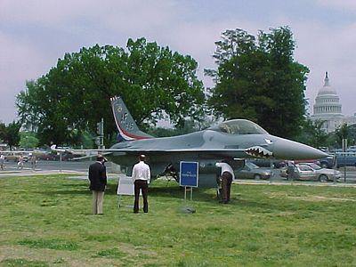 MVC-843F
