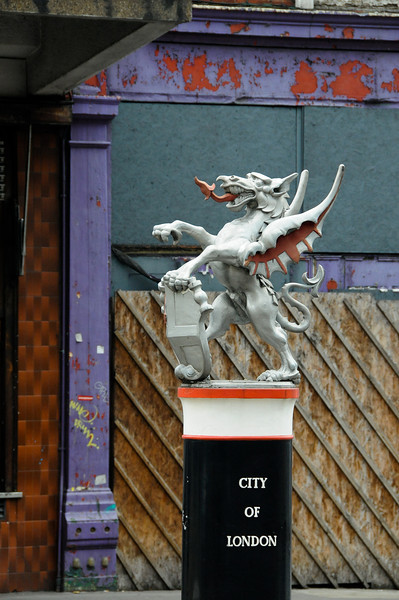 The boundary dragon on Farringdon Street