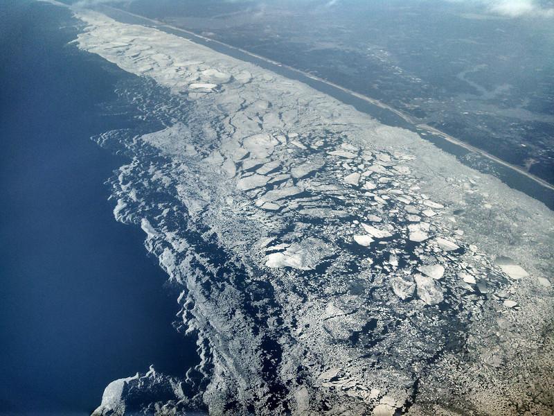 LakeMichiganIceAerial1