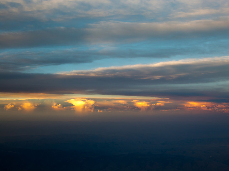 AirplaneThunderstormsSunset1