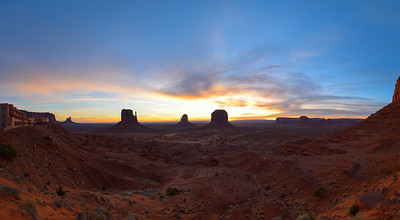 Monument Valley sunrise pano