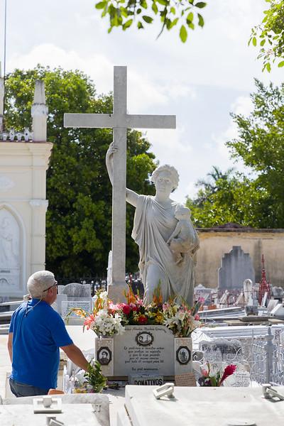 Colon Cemetery Walking Tour
