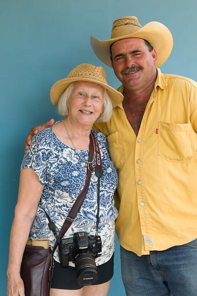 Linda Warfield poses with 'Burt Reynolds' the tobacco farmer.