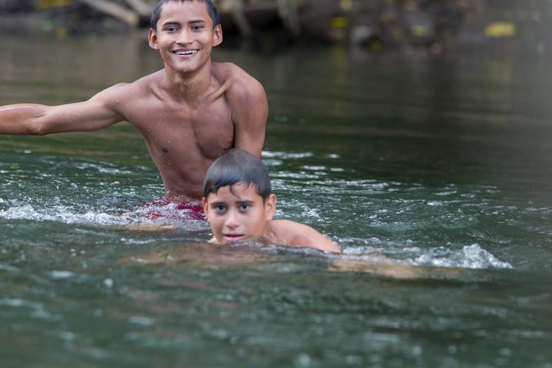 Sarapigui River Boys