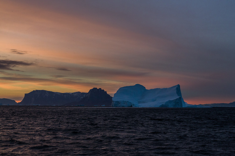 9/13/15, 6:32 AM. Rembrandt has been sailing 136 Nautical Miles around the tip of Nuussuaq Peninsula and into Ummannaq  (Umanak) Fjord all night.