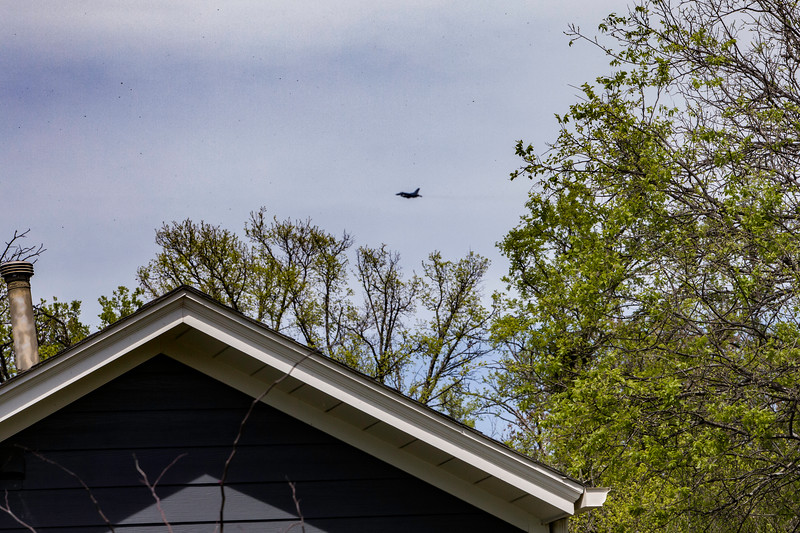 6198   Jet from nearby jet engine facility going overhead