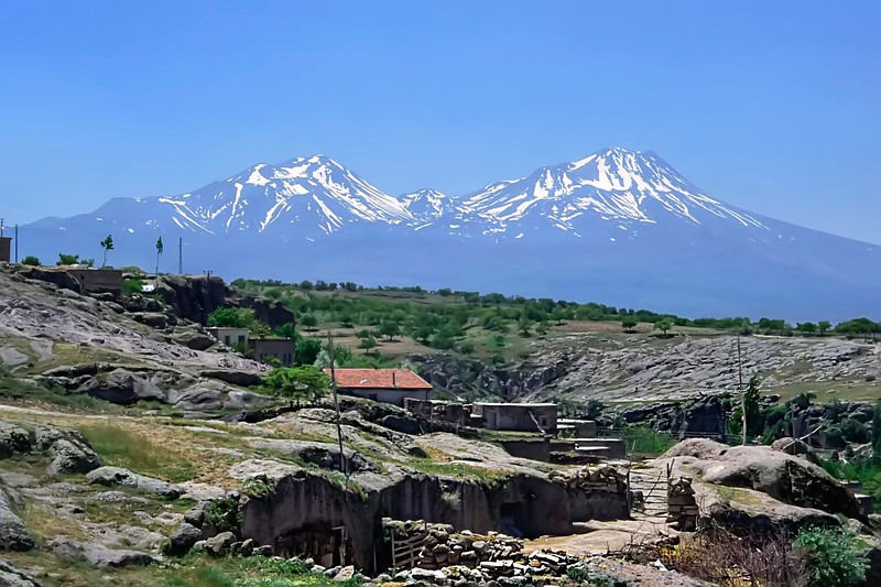 Mounts Hasan and Melendiz