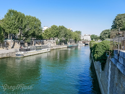 Barges on the Seine near Note Dame