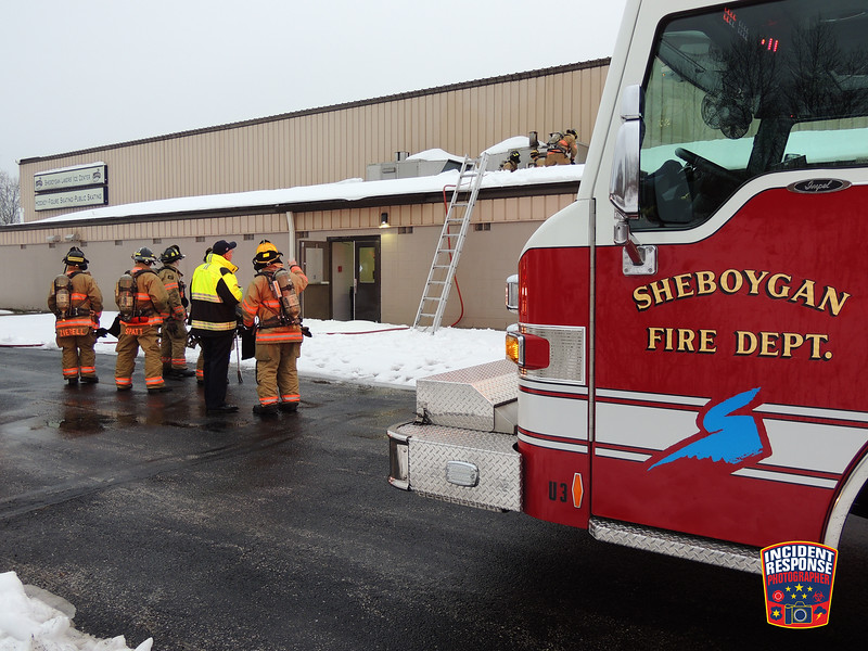 Firefighters responded to a fire on top of the Sheboygan Lakers Ice Center in Sheboygan, Wisconsin on Friday, January 8, 2016. Photo by Asher Heimermann/Incident Response.