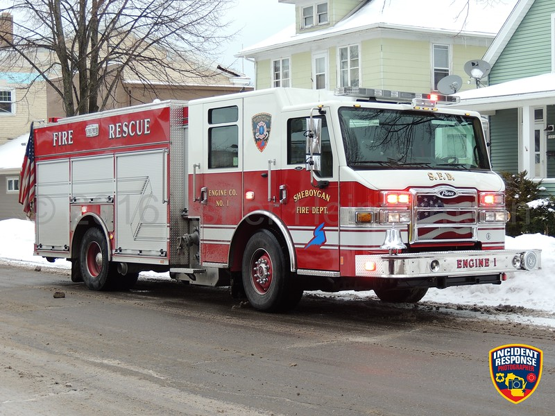 Firefighters responded to a report of a natural gas leak in the area of 1525 South 9th Street in Sheboygan, Wisconsin on Thursday, January 14, 2016. Photo by Asher Heimermann/Incident Response.