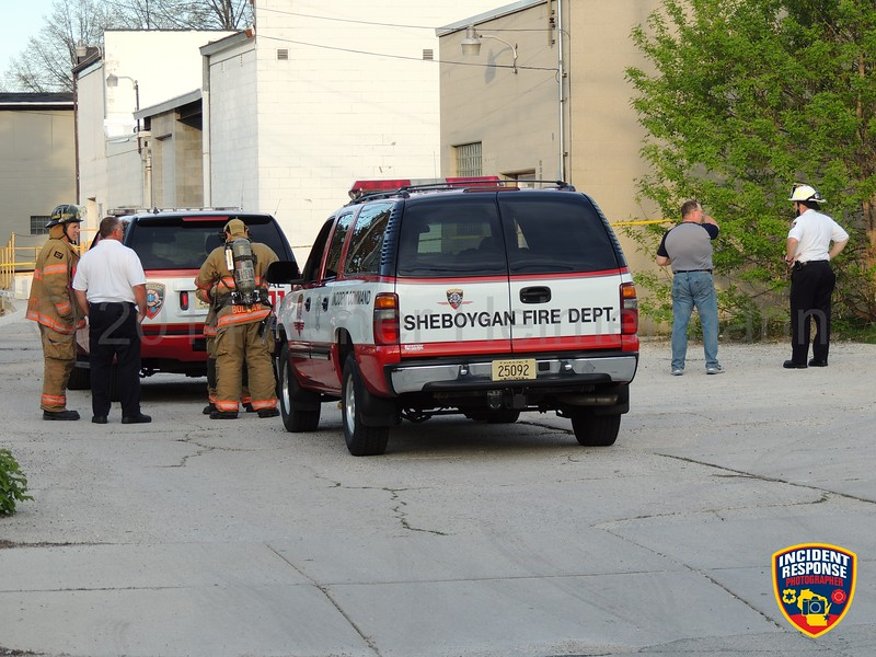 The Sheboygan Fire Department was dispatched to an ammonia leak at 812 Michigan Avenue in Sheboygan, Wisconsin on Sunday, May 24, 2014. Photo by Asher Heimermann/Incident Response.