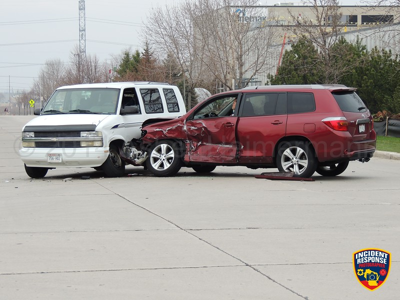 Multi-vehicle accident at Behrens Parkway & Gateway Drive in Sheboygan, Wisconsin on Thursday, May 8, 2014. Photo by Asher Heimermann/Incident Response.