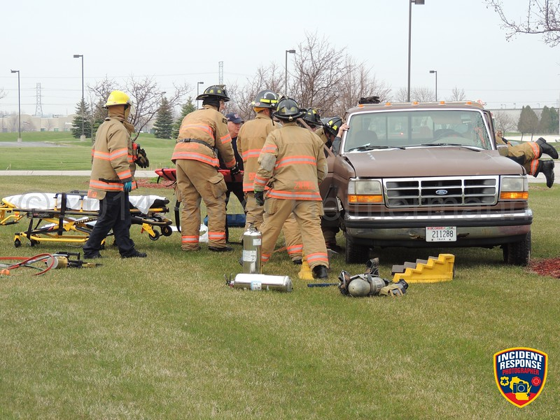 Two-vehicle accident at South Taylor Drive & Weeden Creek Road in Sheboygan, Wisconsin on Thursday, May 8, 2014. Photo by Asher Heimermann/Incident Response.