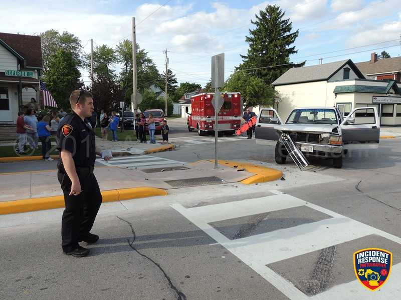 Two-vehicle accident with injuries at North 15th Street & Superior Avenue in Sheboygan, Wisconsin on Thursday, June 12, 2014. Photo by Asher Heimermann/Incident Response.